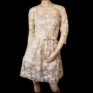 New Eliza J 6P Floral Metallic Gold White Dress